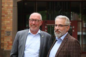 Stefan Mix (r.) will Nachfolger von Bürgermeister Arno Nelles (l.) werden.